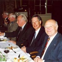 (Oud-)bestuursleden van het Hoogewerff-Fonds, v.l.n.r. prof.drs. P.J. van den Berg, prof.ir. W. Herman de Groot, prof.dr.ir. D. Thoenes, dr.ir. K. van der Wiele, ir. W. Hoenselaar.